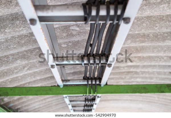 Electric wire way