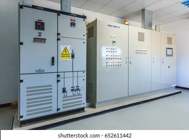 Electrical energy distribution substation in a wastewater treatment plant
