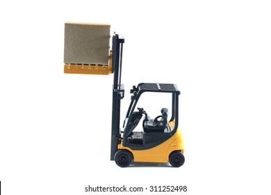 Electrical Forklift truck with boxes on pallet