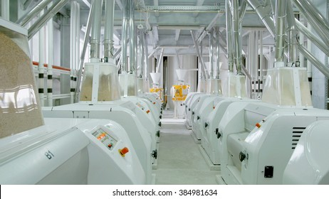 Electrical mill machinery for the production of wheat flour. Grain equipment.