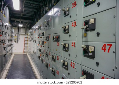 Electrical panel board motors control