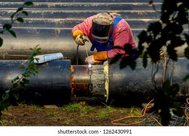 Electrical welding of water pipes