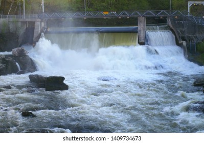 electricity power hydroelectric dam river structure renewable energy