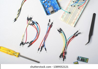 Electronic Components for Microcontrollers and Robotics, DIY, STEM Education, Electronic Projects