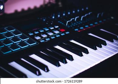 Electronic Piano Keyboard for studio recording Midi Keys