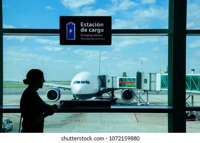 Imágenes Fotos De Stock Y Vectores Sobre Modern Cargo