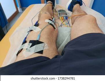 Electrostimulation of the quadriceps as a physiotherapy therapy
