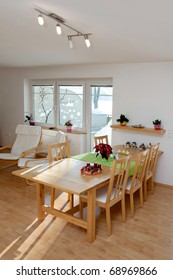 Elegant Dining Room in bright tint