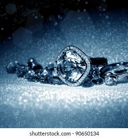 Elegant jewelry ring with jewel stones