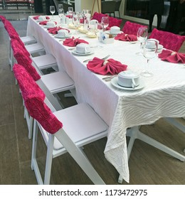 Elegant Pink Event Table Setting
