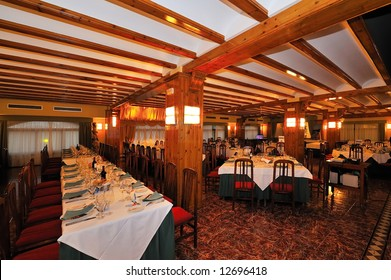 elegant restaurant tables