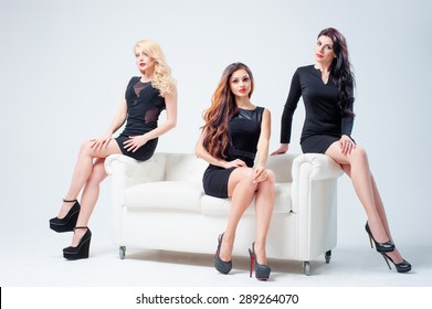 Peachy Imagenes Fotos De Stock Y Vectores Sobre Black Friends On Gmtry Best Dining Table And Chair Ideas Images Gmtryco