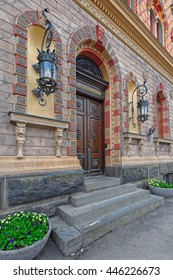Elegant wooden door on the entrance to Pori City Hall, also known as Junneliuksen Palace.