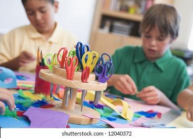 Elementary school art class with pupils