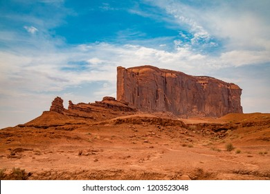 Elephant Butte rock formation in the Monument Valley