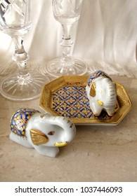 elephant handmade ceramic figurine salt and pepper shaker