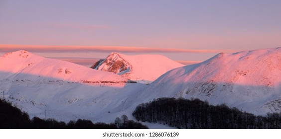 Elephant mount at sunset, a curiosity of Terminillo mountains near Rieti, in Italy
