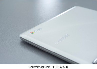 Chromebook Images, Stock Photos & Vectors | Shutterstock
