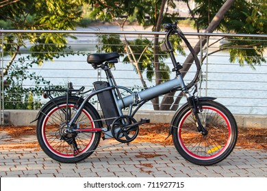 Elictric ebike With lake view