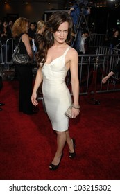 "Elizabeth Reaser at the ""The Twilight Saga: New Moon"" Los Angeles Premiere, Mann Village Theatre, Westwood, Ca. 11-16-09"