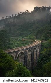 ella nine arch bridge sri lanka most famous tourist attraction