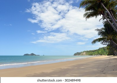 Ellis Beach, Cairns, Great Barrier Reef, Queensland, Australia -1