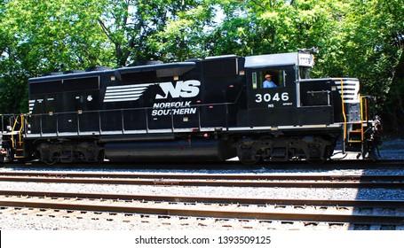 Elmira,New York/USA-Oct 5 2018: Norfolk Southern train going into Elmira New York Station