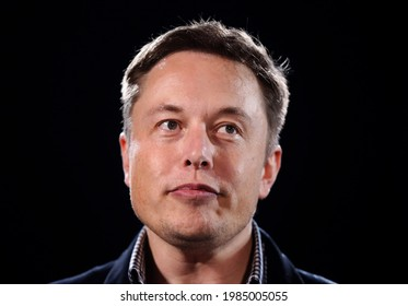 Elon Musk as he arrives to attend a meeting in Berlin, Germany September 18, 2020.