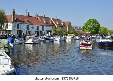 ELY, CAMBRIDGESHIRE/UK - April 20, 2019. Boats on the River Great Ouse, Ely, Cambridgeshire, England