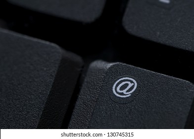Email key on computer keyboard