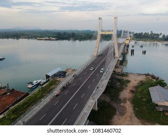 Emas Bridge, Bangka Belitung this is an icon of Bangka Belitung Province  Built to honors Eko Maulana Ali Suroso as a Governor so the bridge called EMAS