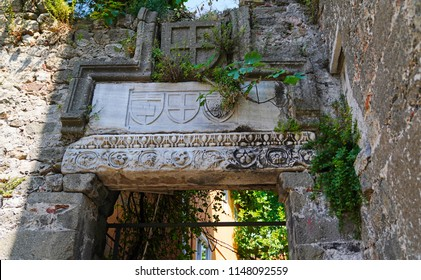 Emblem reliefs  belonging to Genoese period on Amasra Castle