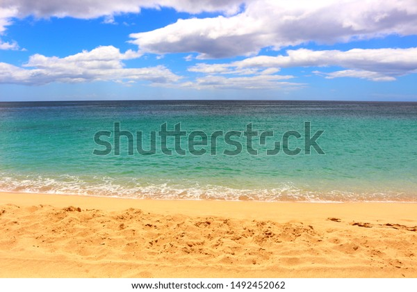 emerald green beach in Hawaii