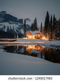 Emerald Lake lodge is one of the most photogenic places in the Canadian Rockies. It is situated in the middle of nowhere between mountains. Yoho National Park, Beautiful British Columbia, Canada