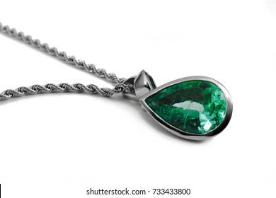 emerald necklace and chain with gemstone diamond and jade , classic jewelry