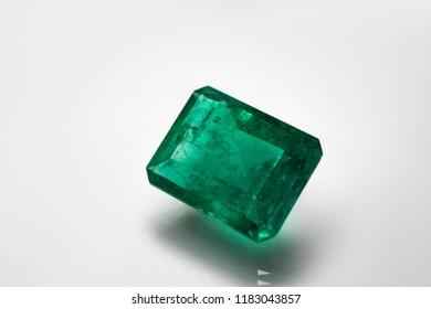 emeralds and gemstone jewelry gem
