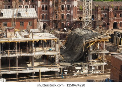 Emergency at the construction site - the collapse of the slab with monolithic casting. Errors in the calculation and violations at work.