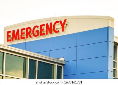 Emergency sign at medical center