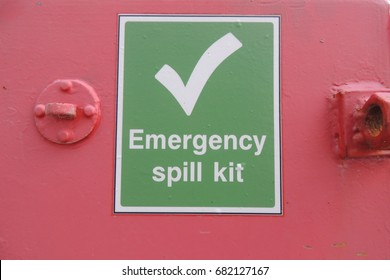Emergency spill kit - a sign at Portwrinkle harbour in Cornwall