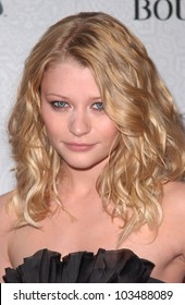 Emilie de Ravin  at the Third Annual Art of Elysium Black Tie Charity Gala, Beverly Hilton Hotel, Beverly Hills, CA. 01-16-10