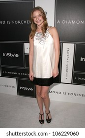 Emily VanCamp  at the DIC and Instyle Magazine 8th Annual Awards Season Diamond Fashion Show. Beverly Hills Hotel, Beverly Hills, CA. 01-08-09