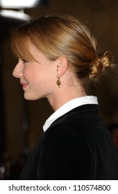 """Emily Vancamp at the Los Angeles Premiere of """"Things We Lost In The Fire"""". Egyptian Theatre, Hollywood, CA. 10-15-07"""