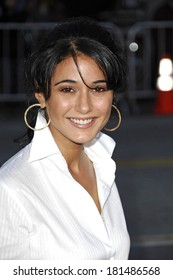 Emmanuelle Chriqui at FRACTURE Premiere, Mann's Village Theatre in Westwood, Los Angeles, CA, April 11, 2007