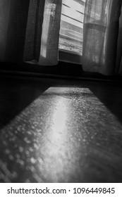 Emotions of the room.  Emociones de la habitacion.