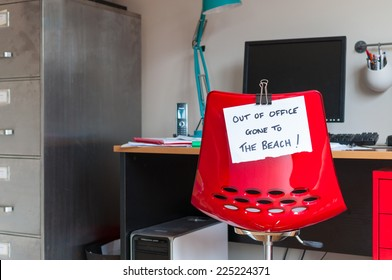 Employee leaves note on back of office chair: Out of Office. Gone to The Beach!