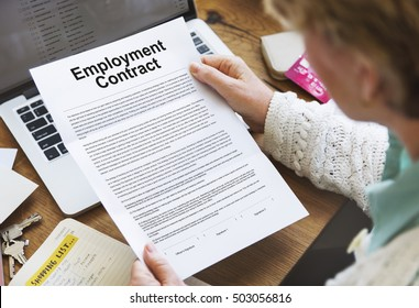 Exceptional Employment Contract Obligation Terms Agreement Concept