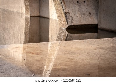 Empty abstract white concrete design with chaotic columns structures. Modern architecture background with abstract lines
