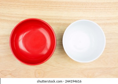 empty bowl on wooden table