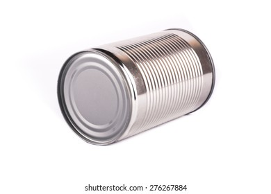 empty cans with white background