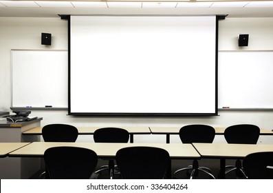 empty classrooom